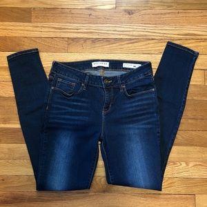 Bullhead Denim Skinniest Jeans. Size 9R.